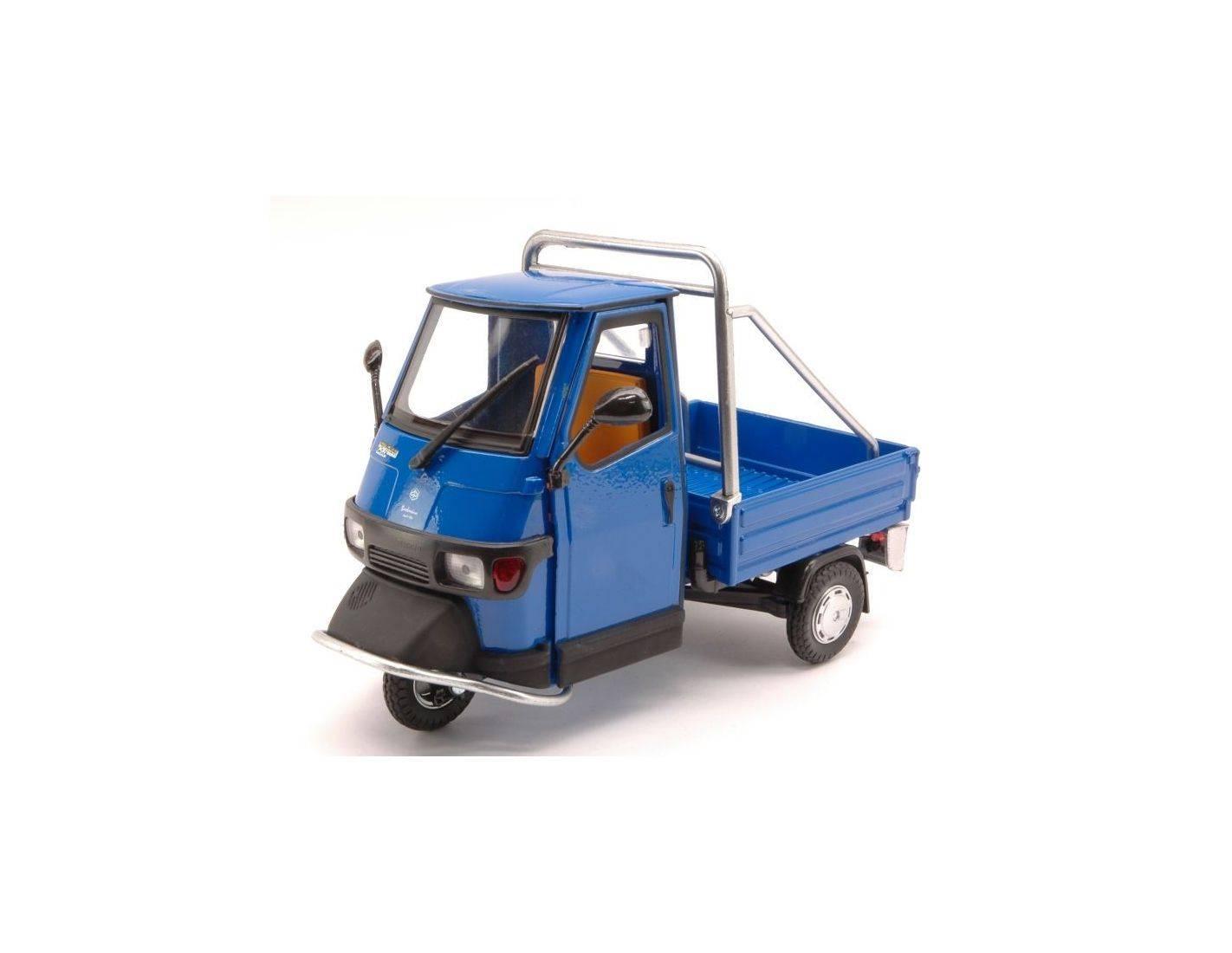New ray ny68035bl ape piaggio cross 50 blue 1 18 modellino for Modellino ape piaggio