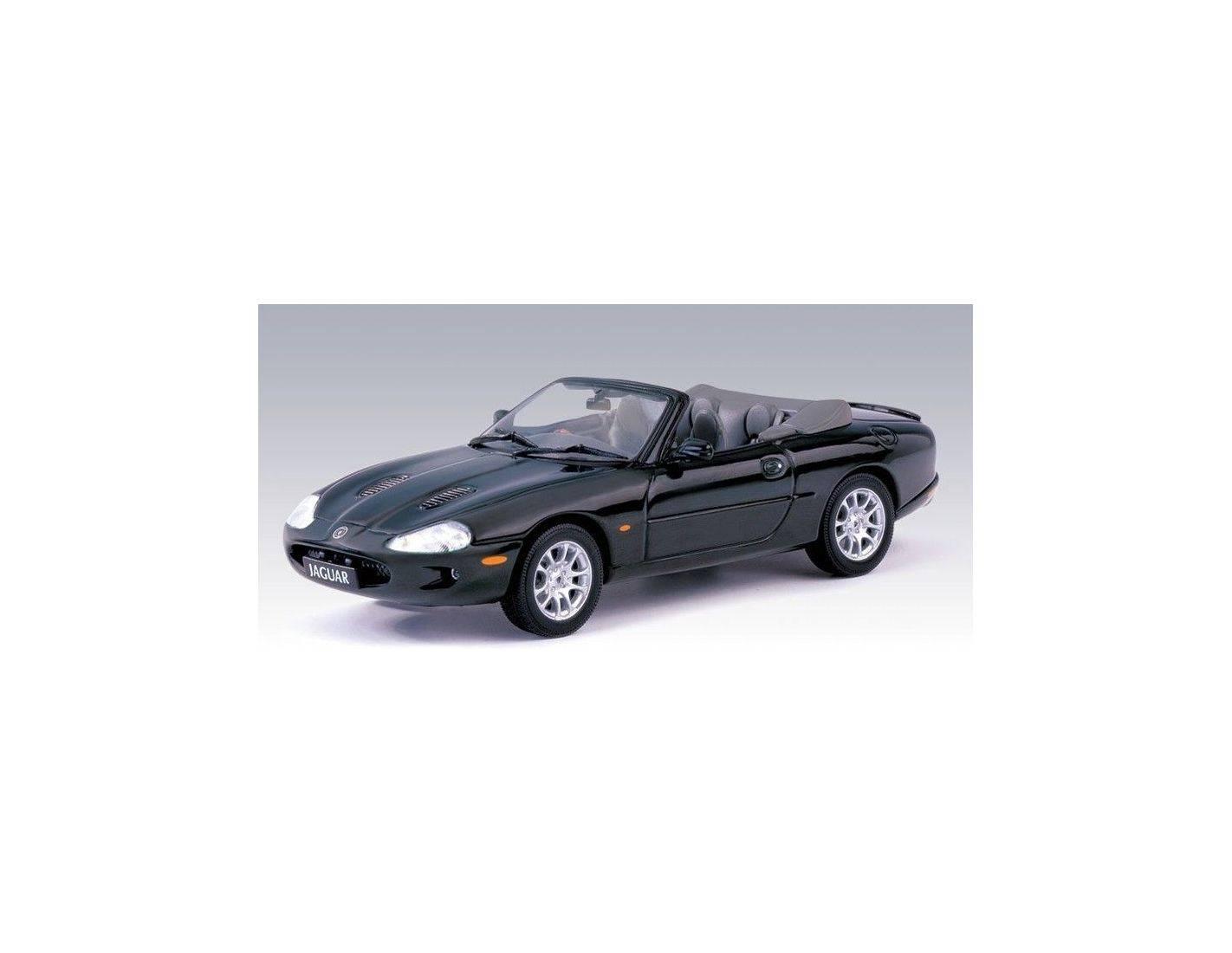 auto art gateway 53701 jaguar xkr cabrio green 1 43. Black Bedroom Furniture Sets. Home Design Ideas