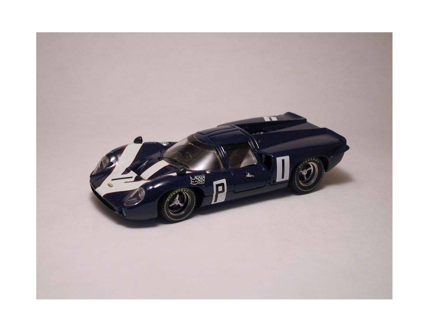 Best Model BT9210 LOLA T70 COUPE' N.1 DNF 1000 KM NURBURGRING 1967 SURTEES-HOBBS 1:43 Modellino