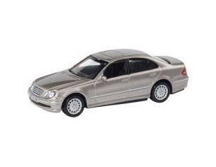 Schuco 3315063 MERCEDES BENZ E-KLASSE 1/64 Modellino