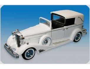 Signature Models 32327 CADILLAC TOWN CAR '33 1/32 Modellino