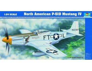 TRUMPETER 02401 N.A. P-51D MUSTANG IV Modellino