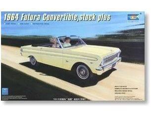TRUMPETER 02509 CAR 64 FUTURA CONVERTIBLE Modellino