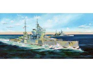 Trumpeter TP5324 NAVE HMS QUEEN ELIZABETH KIT 1:350 Modellino