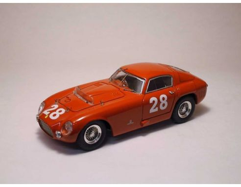 Art Model AM0094 FERRARI 375 MM N.28 WINNER 12 H PESCARA M.HAWTHORN-U.MAGLIOLI 1:43 Modellino