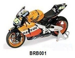 Britains BRB001 HONDA V.ROSSI 2003 1:12 Modellino