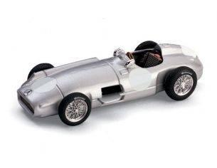 Brumm BM0072B MERCEDES W 196 CELEBRAZ.ANNUALE STAGIONE F1 STUTTGART 1955 1:43 Modellino