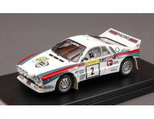 Hpi Racing HPI8299 LANCIA 037 N.2 1984 2nd 1000 LAKES RALLY ALEN/KIVIMAKI 1:43 Modellino