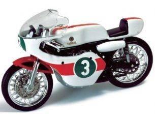 Ixo model CLB014 YAMAHA RD05 READ WC 250CC 1968 1/24 Modellino