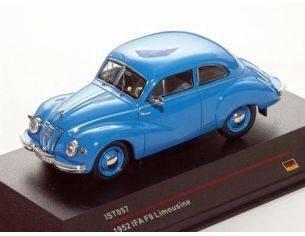 Ixo model IST057 IFA F9 LIMOUSINE 1952 BLUE 1/43 Modellino