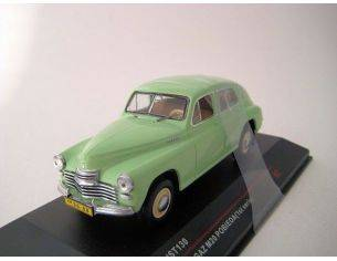 Ixo model IST130 GAZ M20 PROBIEDA 1949 GREEN 1/43 Modellino