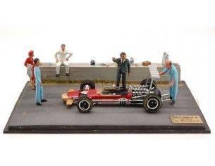 Microworld MWBE13 DIORAMA LOTUS G.HILL 1968 WORLD CHAMPION 1:43 Modellino