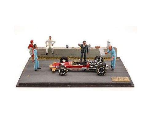 Microworld MWBE13 DIORAMA LOTUS G.HILL 1968 WORLD CHAMPION 1:43 Modellino