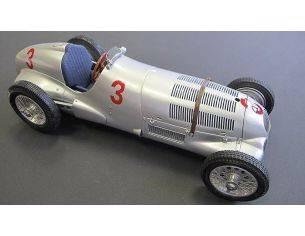 CMC CMC115 MERCEDES W125 VON BRAUCHITSCH 1937 N.3 DONINGTON GP 1:18 Modellino