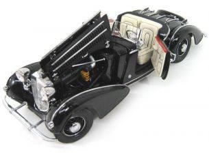 Sunstar 02401 HORCH 855 SPECIAL ROADSTER 1939 1/18 Auto 1/18 Modellino