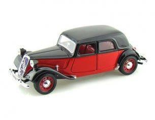 Bburago BU22017RBK CITROEN 15 CV TA 1938 RED/BLACK 1:24 Modellino