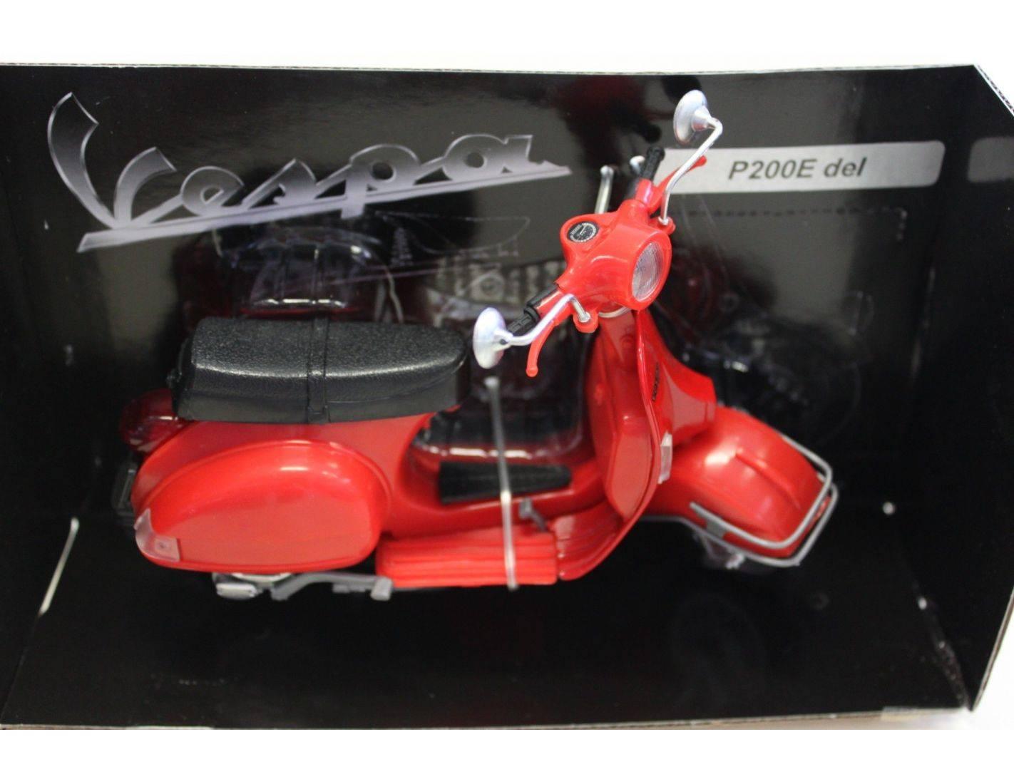 new ray vespa piaggio p 200 e 1978 red 1 12 modellino. Black Bedroom Furniture Sets. Home Design Ideas
