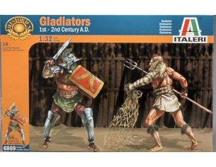 Italeri IT6869 GLADIATORS 1ST 2ND CENTURY KIT 1:32 Modellino