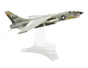 Century Wings 601499 F-8E VF-162 HUNTERS AH200 '66 1/72 Modellino
