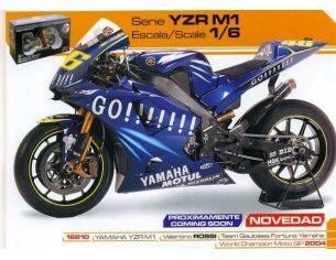 Guiloy GY16210 YAMAHA V.ROSSI 2004 SCALA 1:6 Modellino