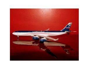 Schuco 3557586 AIRBUS A340-300 LAN CHILE 1/500 Modellino