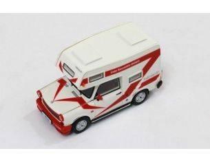 IST Models IST189 TRABANT 601 WOHNMOBIL 1980 WHITE 1:43 Modellino