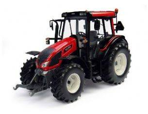 Universal Hobbies UH4211 VALTRA SMALL N103 BRIGHT RED 1:32 Modellino