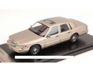 PremiumX PRD102 LINCOLN TOWN CAR 1996 CHAMPAGNE 1:43 Modellino