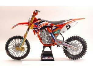 New Ray NY49463 KTM 450 SX-F RED BULL N.5 2nd SUPERCROSS 2014 R.DUNGEY 1:6 Modellino
