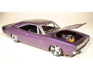 ERTL 37294C DODGE CHARGER 1969 PURPLE 1/24 Modellino