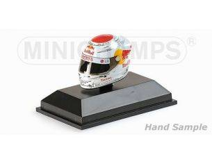 Minichamps PM381100605 CASCO S.VETTEL 2010 SUZUKA GP 1:8 Modellino