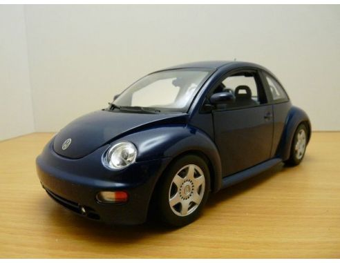 Auto Art / Gateway 01034 VW NEW BEETLE COUPE'98 BLU SCURO1/18 Modellino