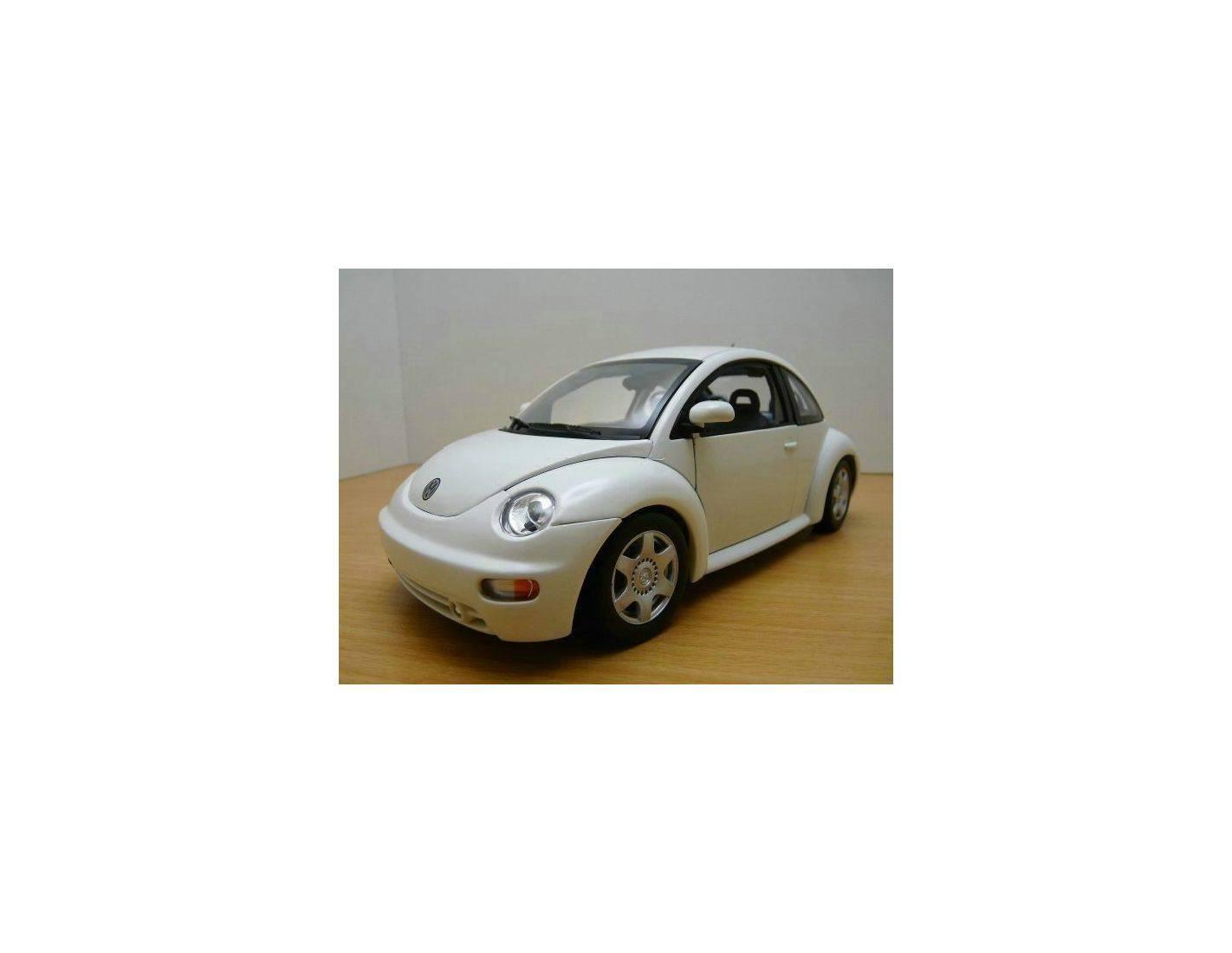 Auto Art / Gateway 01035 VW NEW BEETLE COUPE'98 BIANCO 1/18 Modellino