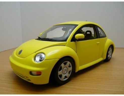 Auto Art / Gateway 01036 VW NEW BEETLE COUPE '98 YELLOW 1/18 Modellino