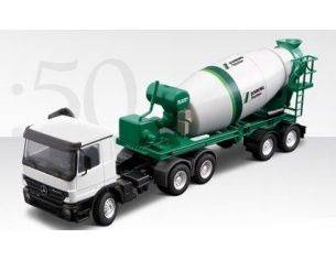 Conrad 40162 MERCEDES 2AXLE TRACTOR 1/50 WITH Modellino