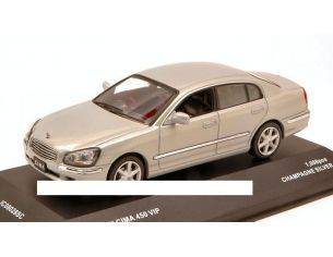 J-Collection JC08028SC NISSAN CIMA 450 VIP 2005 CHAMPAGNE SILVER 1:43 Modellino