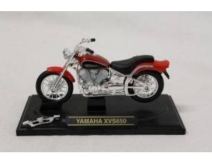 COLLECTOR'S EDITION 98000-Y YAMAHA XVS650 1:18 Modellino DANNEGGIATO COME DA FOTO