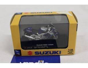 New Ray NY06027 Suzuki GSX 1300R 1:32 Moto Modellino Scatola rovinata