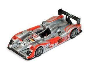 Ixo model LMM191 AUDI R10 TDI N.15 LMP1 LE MANS 2010 ALBERS-BAKKERUD-JARVIS 1:43 Modellino