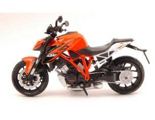 New Ray NY57653 KTM 1290 SUPER DUKE R 1:12 Modellino