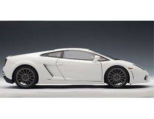 Auto Art / Gateway AA74635 LAMB.GALLARDO LP 550 BALB.WHITE 1:18 Modellino