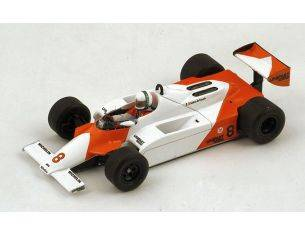 Spark Model S4301 MC LAREN MP4-1 A.DE CESARIS 1981 ACCIDENT MONACO GP 1:43 Modellino