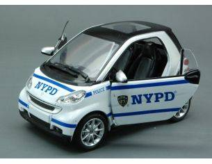 New Ray NY71203 SMART FORTWO NYPD NEW YORK CITY 1:24 Modellino