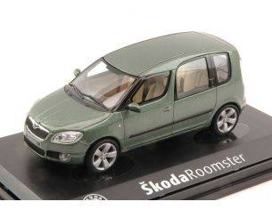 Abrex AB007HH SKODA ROOMSTER 2006 OLIVE GREEN METALLIC 1:43 Modellino