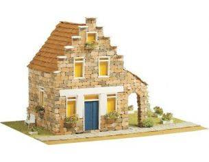 Domus Kits 40306 Country 9 Casa su 3 Piani PCS 1333 1:50 Kit Modellino