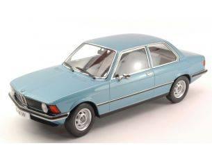 KK Scale KK180042 BMW 318i (E21) 1975 LIGHT BLUE METALLIC 1:18 Modellino