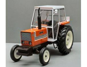 Replicagri REPLI163 TRATTORE FIAT 880 2x4 CABINA BIANCA 1:32 Modellino