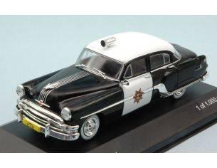 White Box WB189 PONTIAC CHIEFTAIN 1954 CALIFORNIA HIGHWAY PATROL POLICE 1:43 Modellino