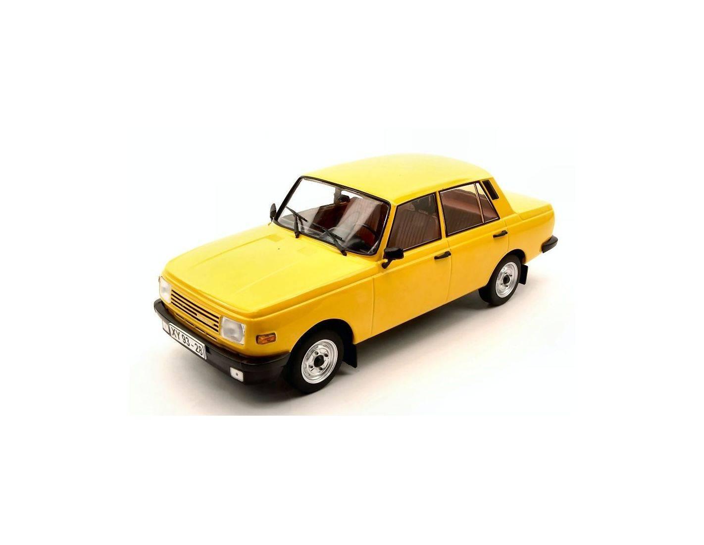 Mac due mcg18077 wartburg 353 1966 yellow 1 18 modellino for Mac due the box