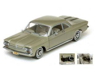 SunStar SS1485 CHEVROLET CORVAIR COUPE' 1963 AUTUMN GOLD 1:18 Modellino